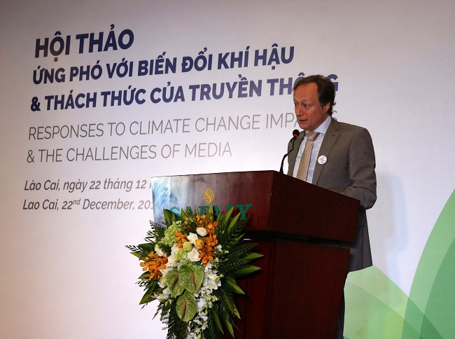 Ứng phó biến đổi khí hậu và thách thức của truyền thông